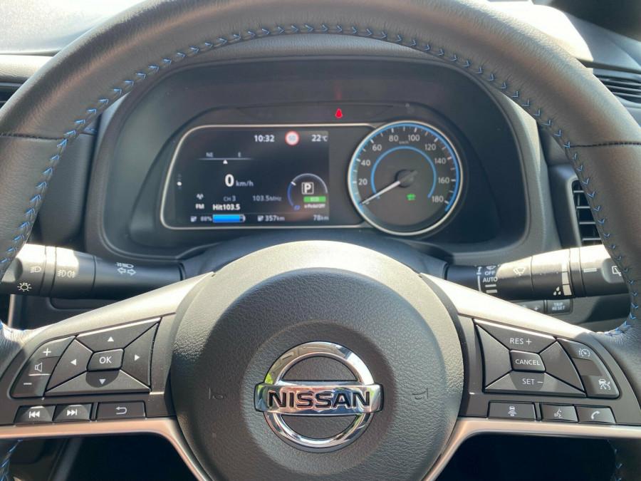 2021 Nissan LEAF ZE1 E Plus Hatchback Image 10