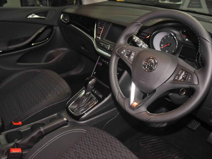 2017 MY18 Holden Astra BK R Plus Hatchback