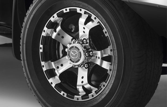 16-INCH 5-SPOKE ALLOY WHEEL