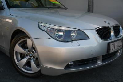 2005 BMW 5 Series E60 525i Sedan Image 3