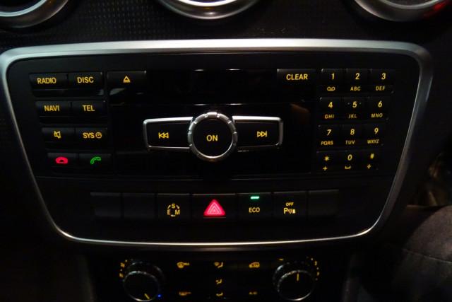 2014 Mercedes-Benz A-class A180 16 of 20