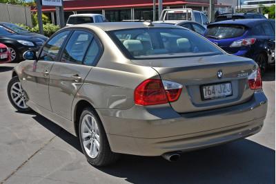 2007 BMW 3 Series E90 320i Sedan Image 3