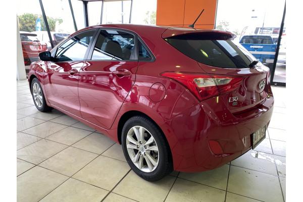 2014 Hyundai I30 GD2  SE Hatchback Image 4