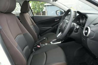 2021 MY20 Mazda 2 DL Series G15 Pure Sedan Sedan image 6