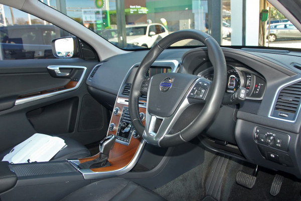 2015 Volvo XC60 (No Series) MY16 D4 Luxury Suv Image 4