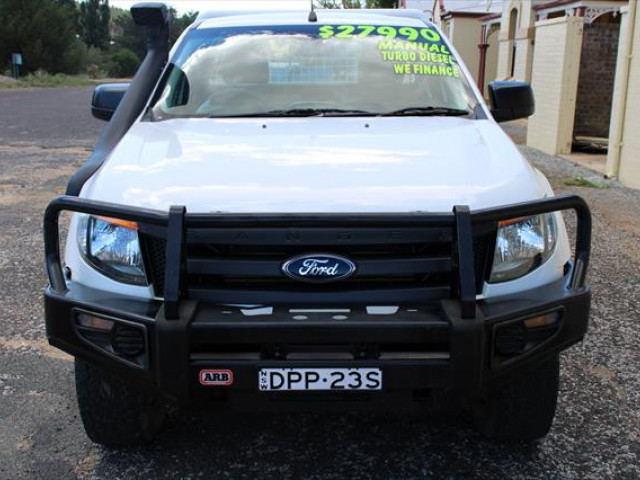 2013 Ford Ranger PX XL Cab chassis - extended cab