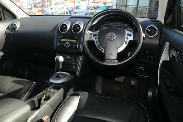 2011 MY10 Nissan Dualis J10 Series II MY2010 Ti Hatch X-tronic Hatchback Image 11