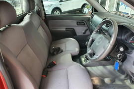 2008 Holden Rodeo Cab chassis Mobile Image 10