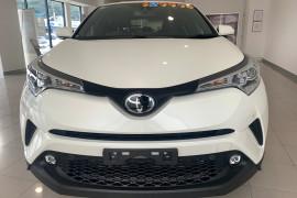 2019 Toyota C-hr NGX10R NGX10R Suv Image 3