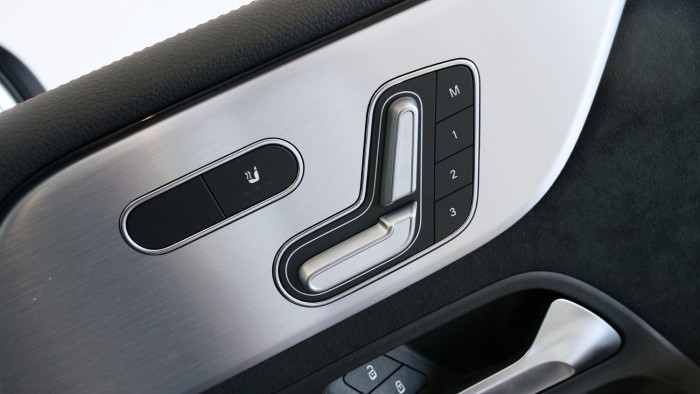 2020 Mercedes-Benz B Class Hatch Image 23