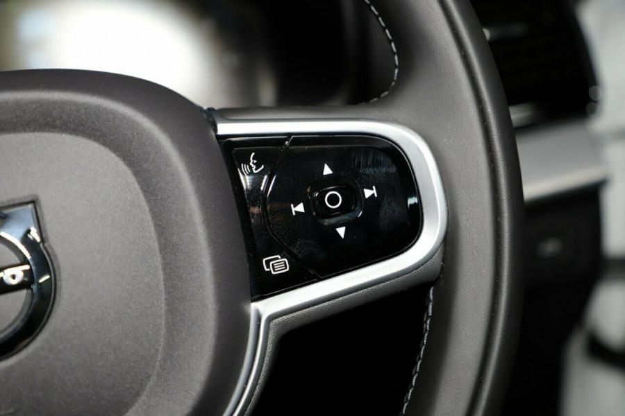 2019 MY20 Volvo XC90 L Series D5 Momentum Suv Mobile Image 14