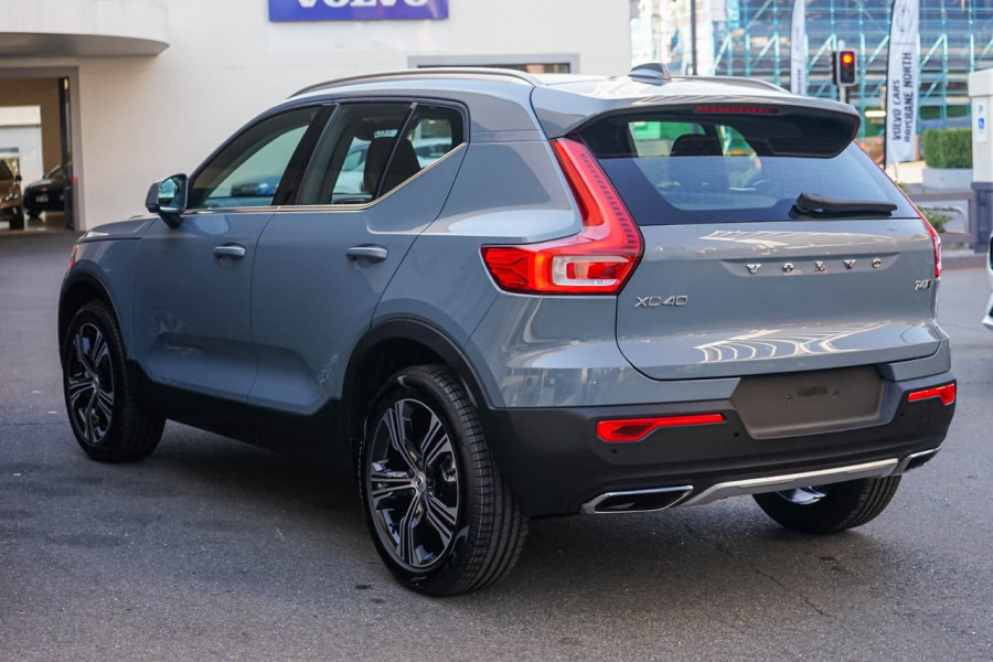 2019 MY20 Volvo XC40 T4 Inscription Suv Mobile Image 4