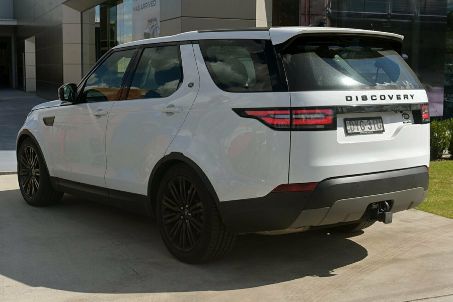 2017 Land Rover Discovery Vehicle Description.  5 L462 MY18 TD6 HSE WAG SA 8SP 3.0DT TD6 Suv Mobile Image 4