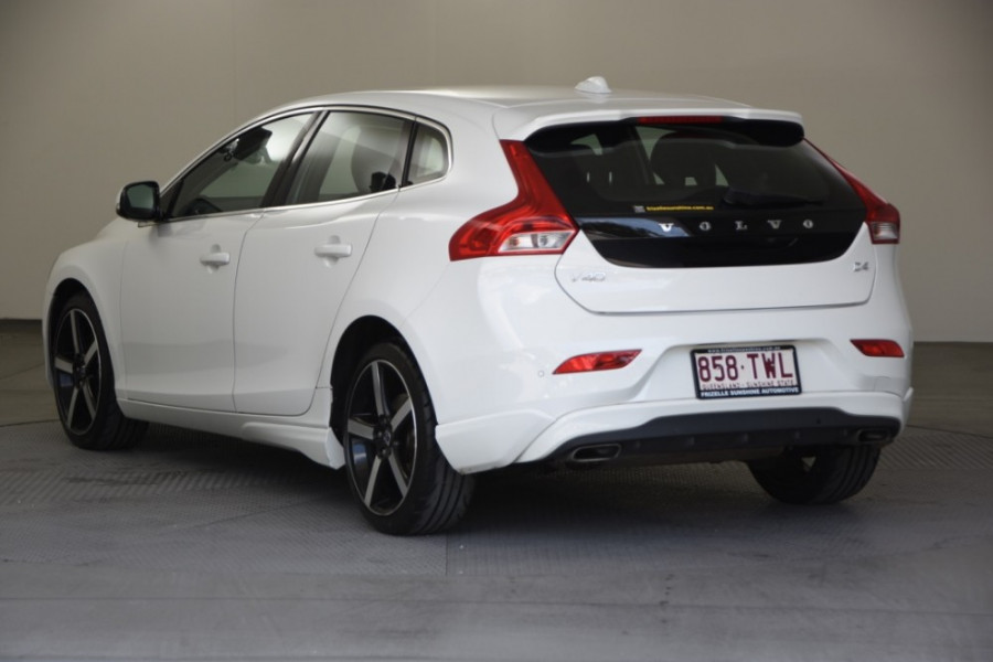 2014 Volvo V40 Vehicle Description. M  MY14 D4 Luxury HBK 5dr AGT 6sp 2.0DT D4 Hatchback