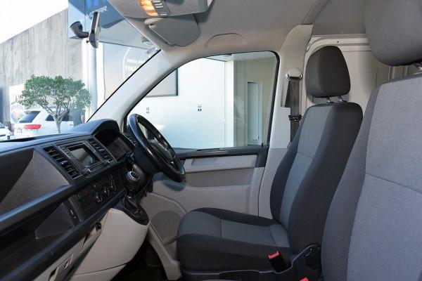 2016 Volkswagen Transporter T6 MY16 TDI340 Van Image 4