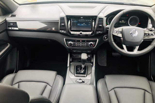 2020 SsangYong Musso XLV Ultimate 10 of 22
