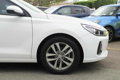 2017 Hyundai i30 GD4 Series II MY17 Active Hatchback Image 4