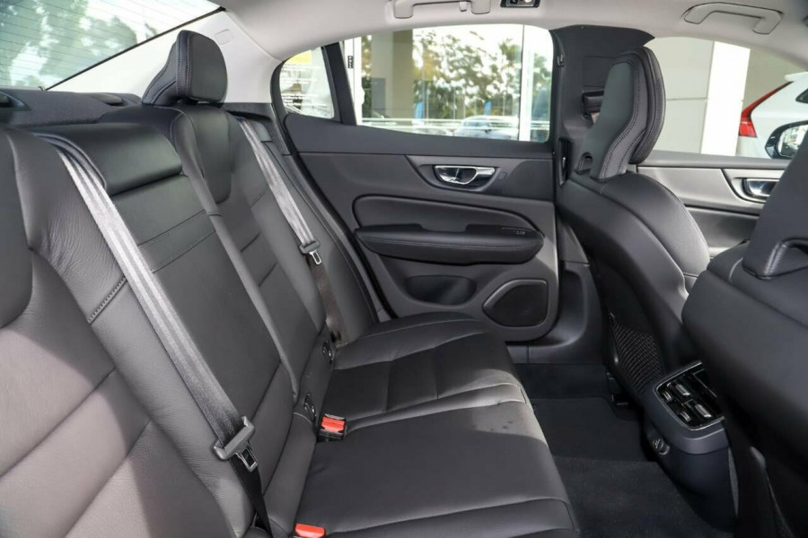 2019 MY20 Volvo S60 Z Series T5 Inscription Sedan Image 8