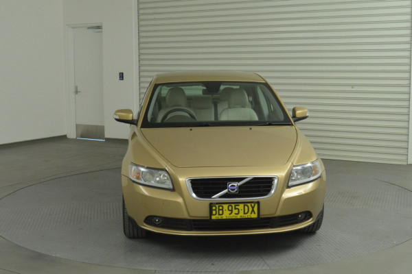 2008 Volvo S40 Vehicle Description. M  MY08 S Sedan 4dr SA 5sp 2.4i S Sedan Image 4