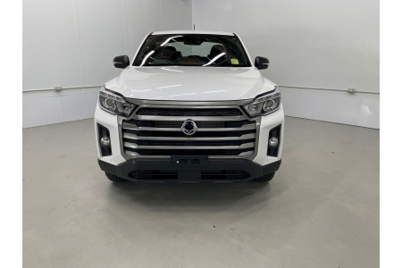 2021 SsangYong Musso Q215 ELX Utility Image 2