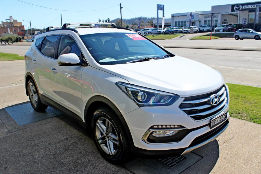 2017 Hyundai Santa Fe DM3  Active Suv