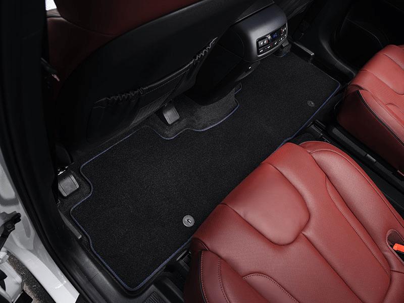 Carpet mats (3 rows) - blue stitch 7 seat