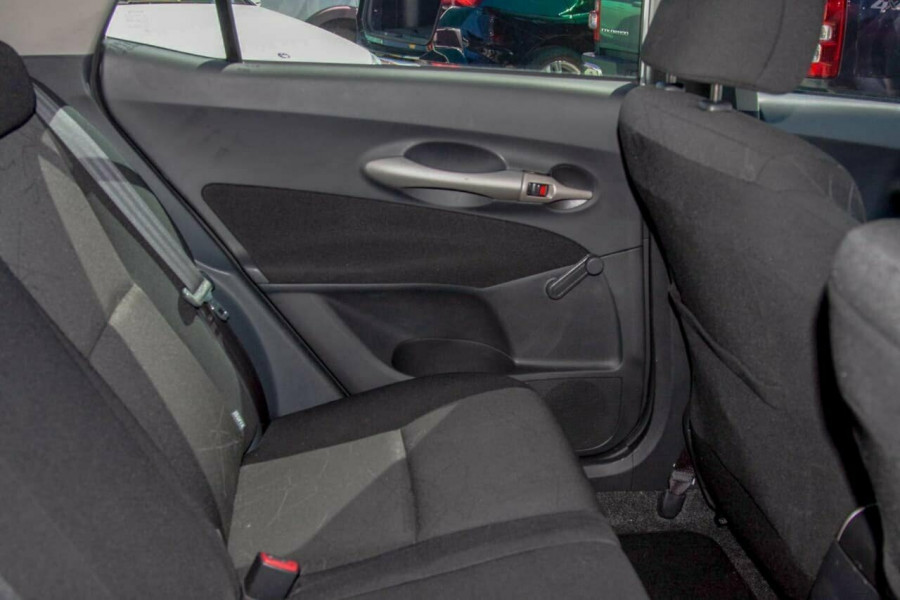 2007 Toyota Corolla ZRE152R Ascent Hatchback Image 7