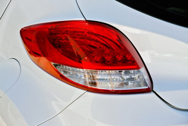2017 Hyundai Veloster FS5 Series II SR Turbo Hatchback Image 15
