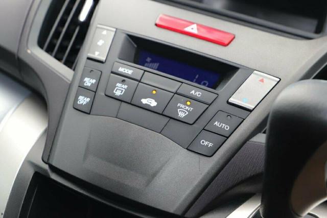2011 Honda Odyssey 4th Gen MY11 Wagon Image 21