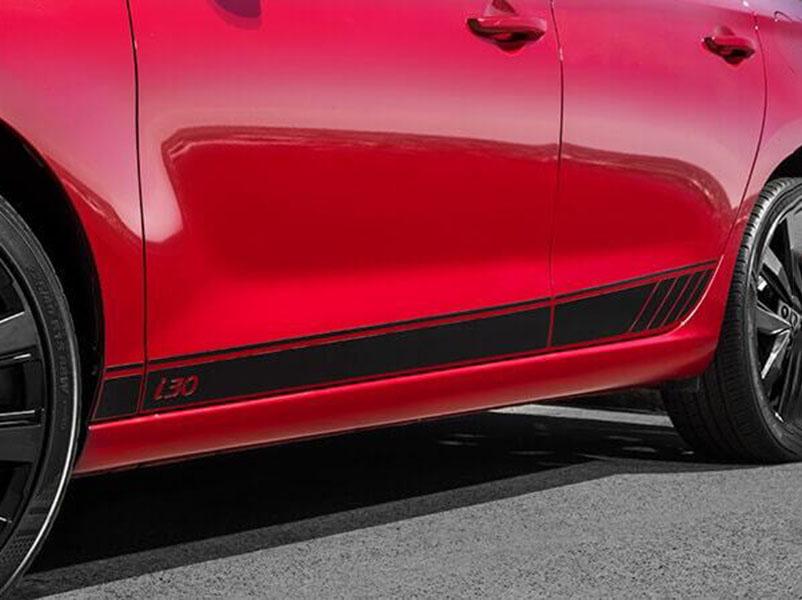 i30 Lower door decal - gloss black