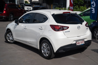 2018 Mazda 2 DJ2HAA Neo Hatchback Image 2