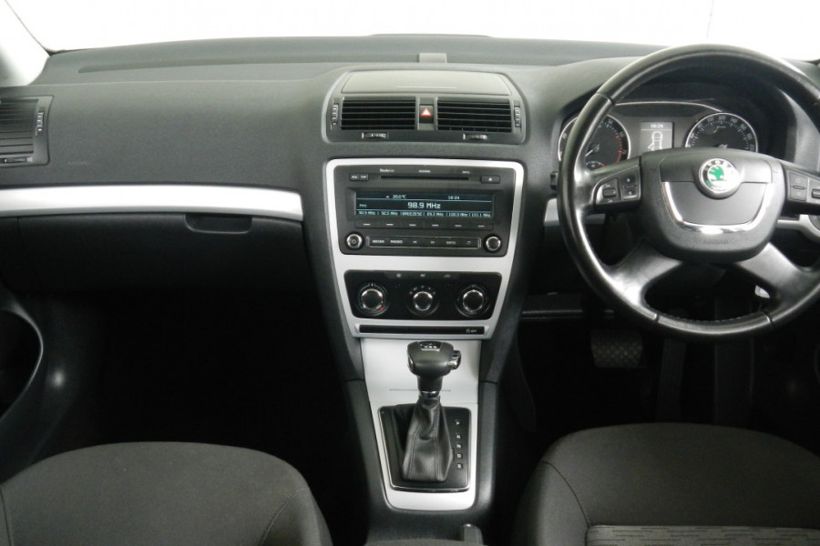 2011 MY12 [SOLD]    Image 9