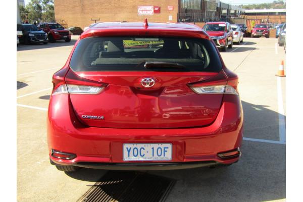 2018 Toyota Corolla ZRE182R Ascent Hatchback Image 4