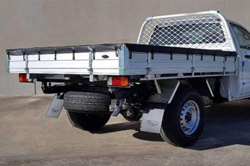 "<img src=""Alloy tray - Double Cab chassis - flat pack"
