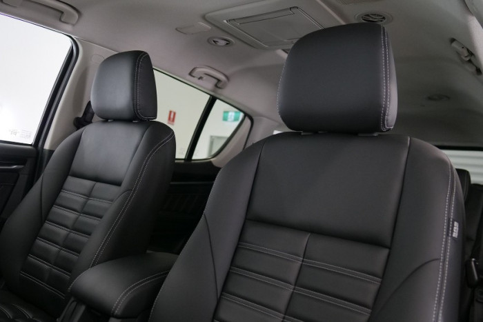 2019 Isuzu UTE MU-X LS-T 4x4 Wagon Image 3