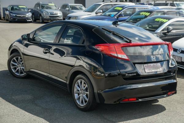 2013 Honda Civic 9th Gen Ser II VTi-L Sedan Image 3