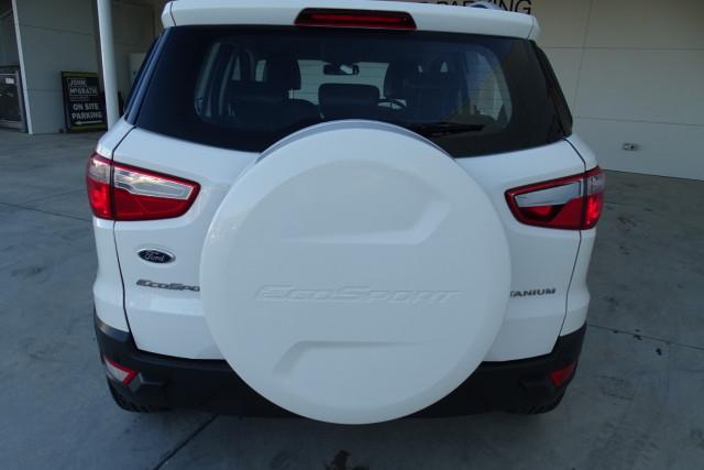 2016 Ford EcoSport Titanium 6 of 23