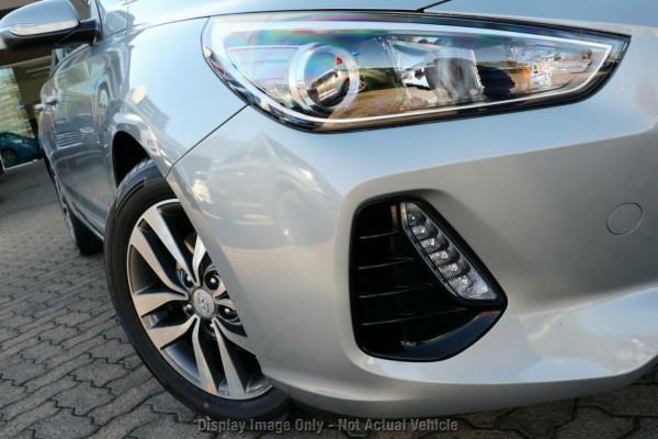 2020 Hyundai i30 PD2 Active Hatchback Image 2