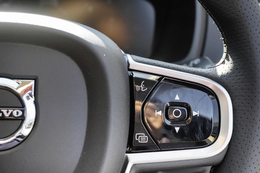 2018 MY19 Volvo XC90 L Series D5 Inscription Suv Mobile Image 9