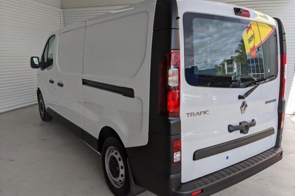 2021 Renault Trafic L2H1 LWB Pro Van Image 5