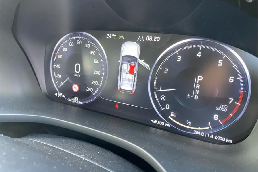 2020 Volvo XC60 UZ T6 R-Design Suv Mobile Image 7