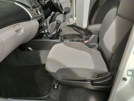 2012 Mitsubishi Triton MN  GL-R Utility image 28
