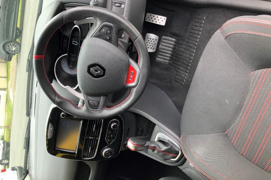 2017 Renault Clio IV B98 Phase 2 R.S. 200 Hatch Image 6