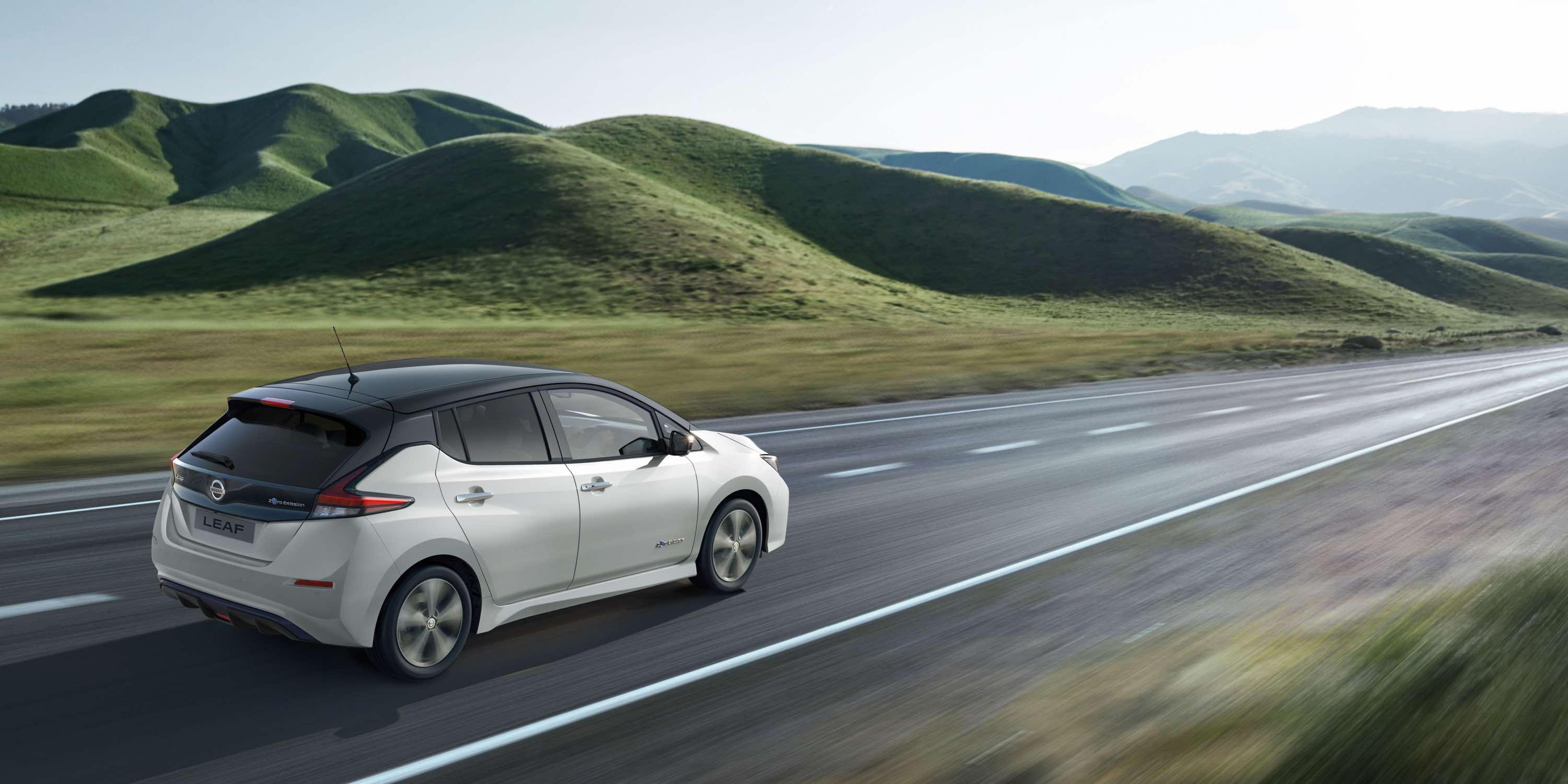 Charging the Nissan Leaf is easy Image