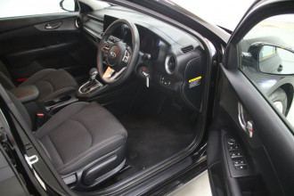 2019 Kia Cerato BD MY19 S Hatchback Image 4