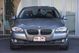 2010 BMW 5 Series F10 528i Sedan Image 2