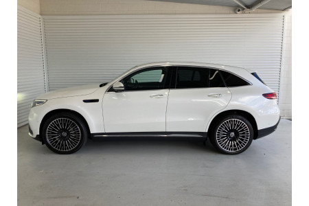 2021 Mercedes-Benz Eqc Image 3