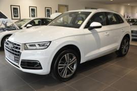 Audi Q5 TDI - sport FY  TDI