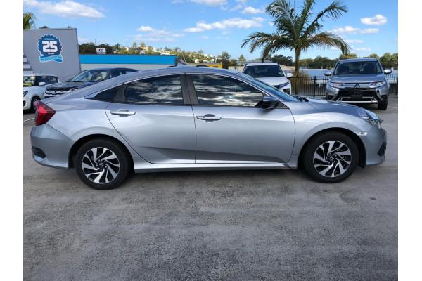 2016 Honda Civic 10th Gen  VTi-S Sedan Image 4