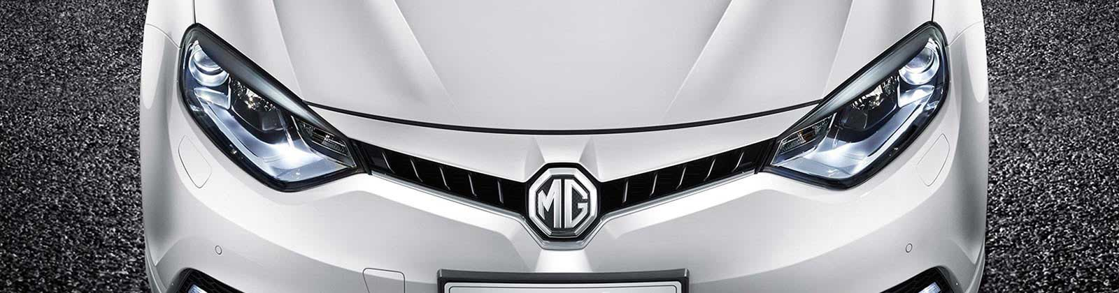 Close up of MG bonnet and grill in Mountain White